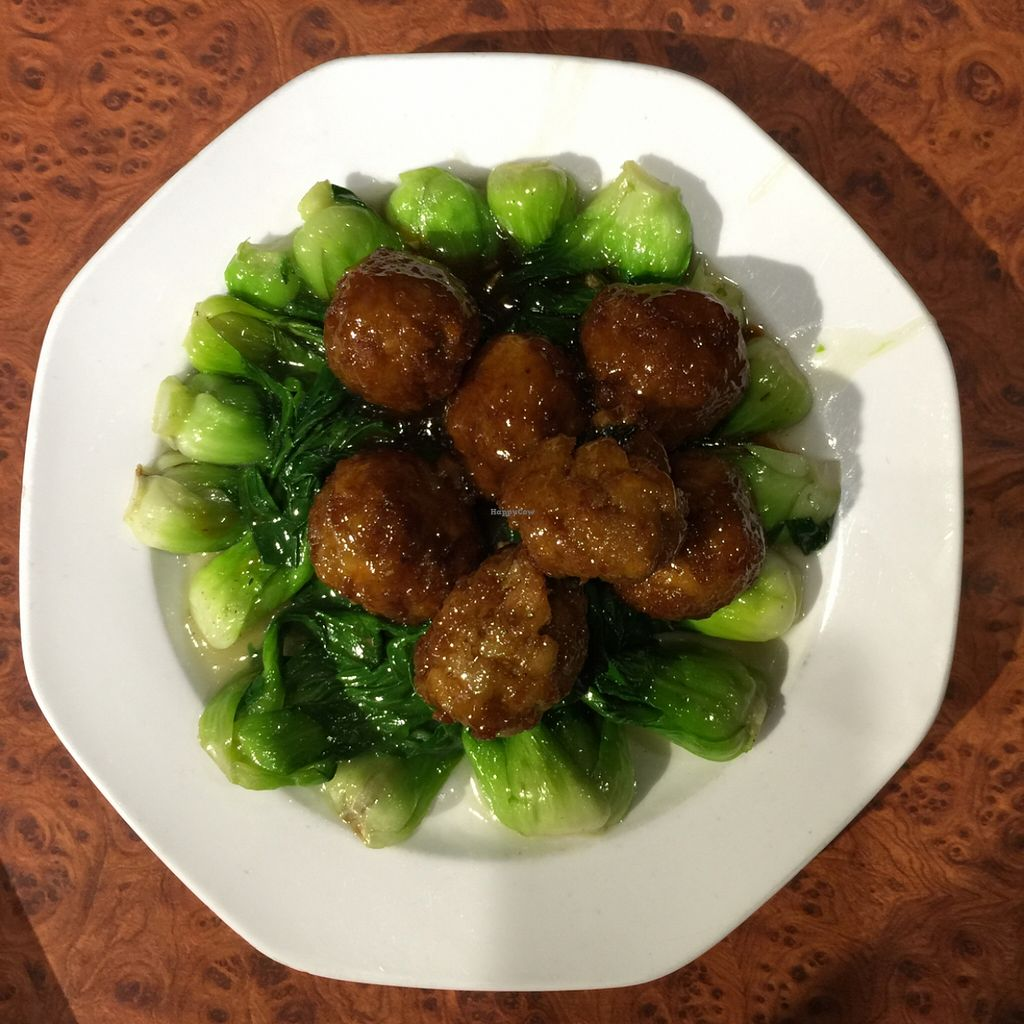"""Photo of Gong De Lin - Godly - Nanjing Rd  by <a href=""""/members/profile/earthville"""">earthville</a> <br/>baby bok choy with 'meat'balls <br/> December 19, 2015  - <a href='/contact/abuse/image/13/129128'>Report</a>"""