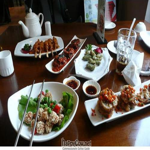"""Photo of Vegetarian Life Style - Zao Zi Shu - HuaiHai  by <a href=""""/members/profile/veganrobot"""">veganrobot</a> <br/>Full table of vegan food! <br/> December 18, 2010  - <a href='/contact/abuse/image/14/6745'>Report</a>"""