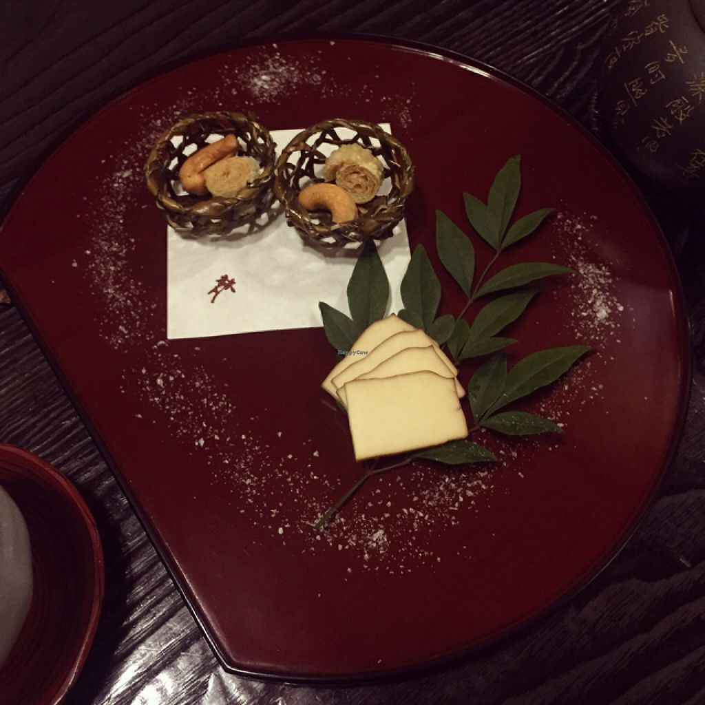 """Photo of Bon - Taito-ku  by <a href=""""/members/profile/infinitydolphin"""">infinitydolphin</a> <br/>the baskets are made of dried seaweed and totally edible :)  <br/> February 16, 2016  - <a href='/contact/abuse/image/91/136617'>Report</a>"""