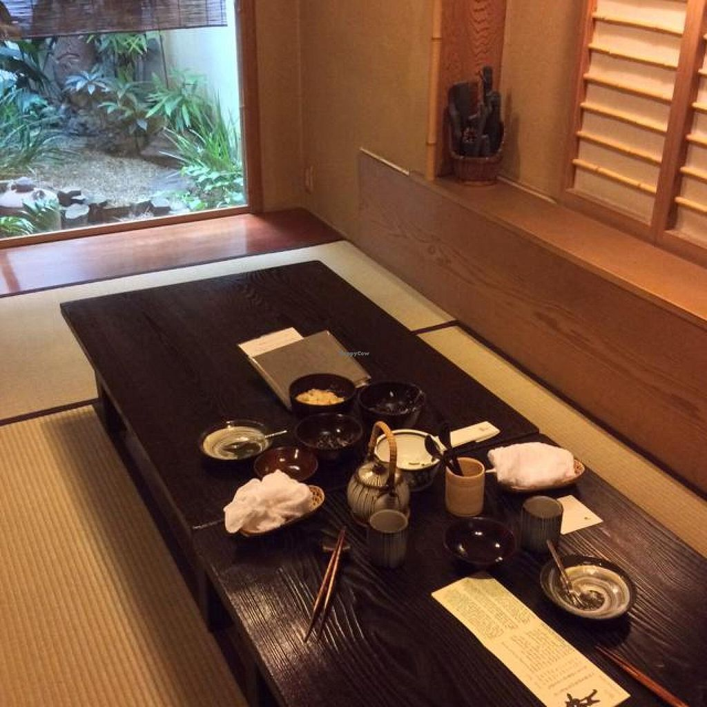 """Photo of Bon - Taito-ku  by <a href=""""/members/profile/comarica"""">comarica</a> <br/>Private Tatami room <br/> October 15, 2014  - <a href='/contact/abuse/image/91/83030'>Report</a>"""