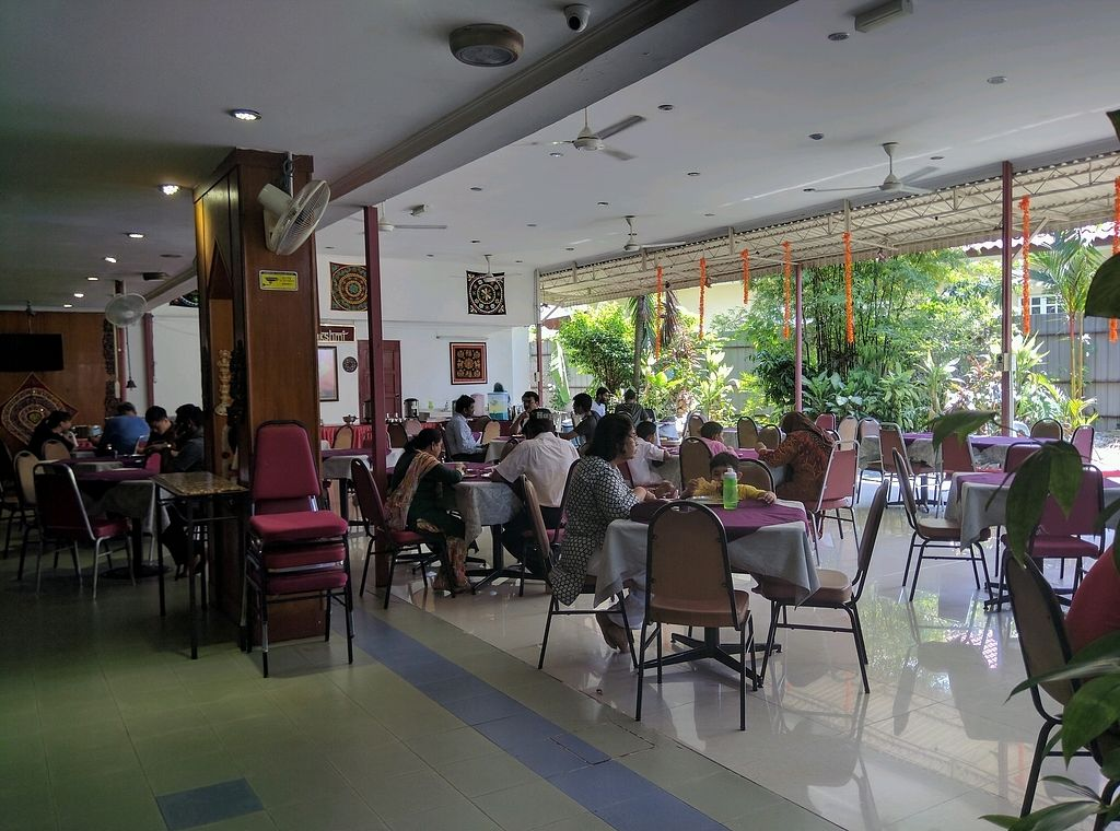 """Photo of Annalakshmi Temple of Fine Arts  by <a href=""""/members/profile/Summer_Tan"""">Summer_Tan</a> <br/>The spacious al-fresco dining area by the garden <br/> January 28, 2018  - <a href='/contact/abuse/image/129/351958'>Report</a>"""