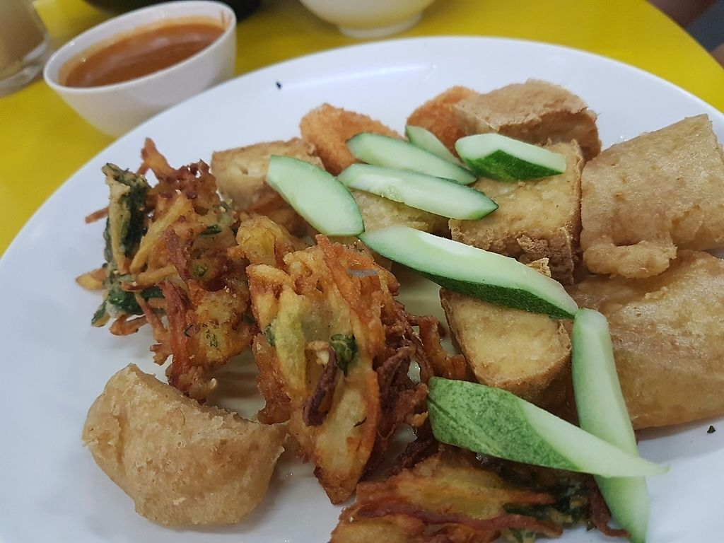 """Photo of Divine Realm Vegetarian Restaurant  by <a href=""""/members/profile/LiQi"""">LiQi</a> <br/>Rojak <br/> December 5, 2016  - <a href='/contact/abuse/image/185/197584'>Report</a>"""