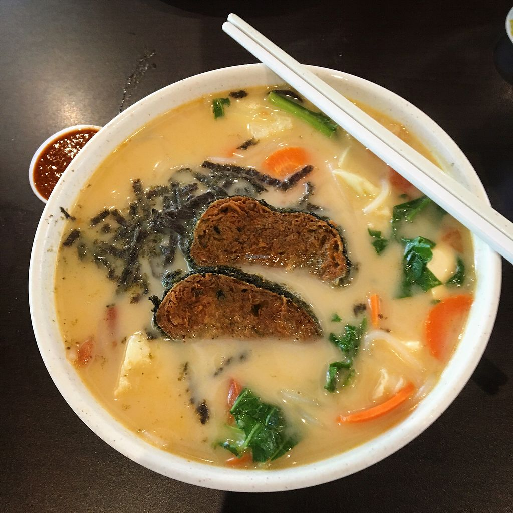 """Photo of Divine Realm Vegetarian Restaurant  by <a href=""""/members/profile/breakfastparadise"""">breakfastparadise</a> <br/>Fave fish slice bee hoon  <br/> March 23, 2018  - <a href='/contact/abuse/image/185/374700'>Report</a>"""