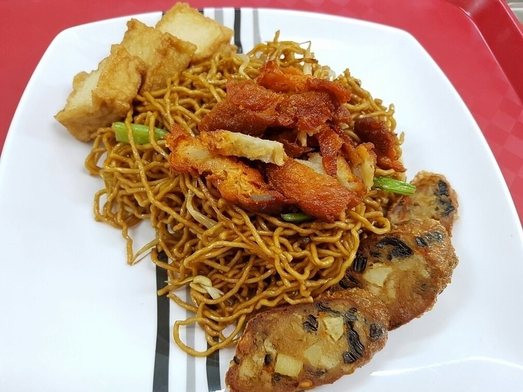 "Photo of CLOSED: Vegetarian Food  by <a href=""/members/profile/Stlee"">Stlee</a> <br/>special * Kolo Mee <br/> October 21, 2016  - <a href='/contact/abuse/image/231/183325'>Report</a>"