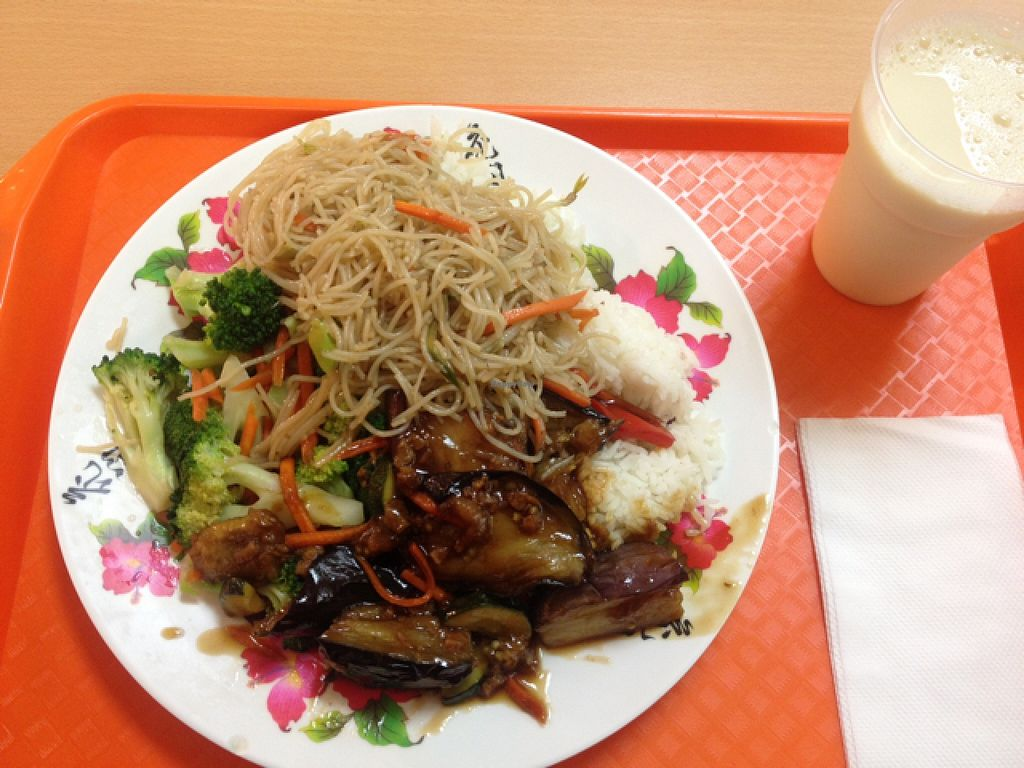 "Photo of Pure Vegetarian - Total Vegetarian - Stall  by <a href=""/members/profile/Emmaa"">Emmaa</a> <br/>Rice base with broccoli, noodles and spicy eggplant plus a cup of soy milk on the right <br/> January 17, 2016  - <a href='/contact/abuse/image/456/132779'>Report</a>"