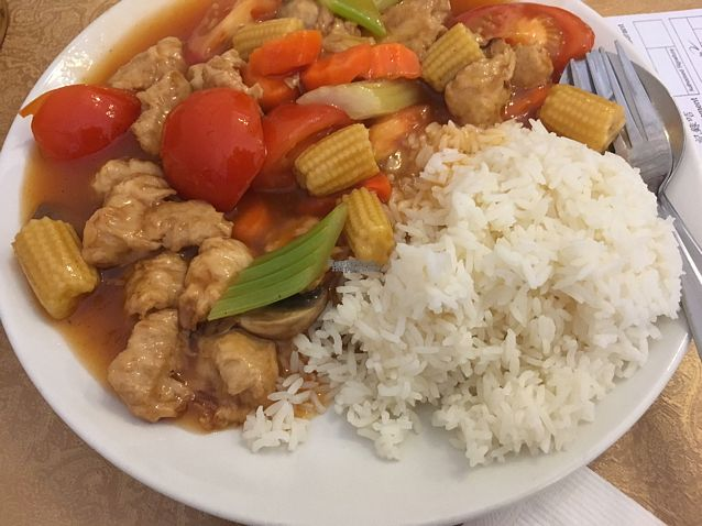 "Photo of Tian Ci Vegetarian Chinese Restaurant  by <a href=""/members/profile/Mslanei"">Mslanei</a> <br/>Tomato and 'chicken' special.  <br/> October 15, 2016  - <a href='/contact/abuse/image/500/182149'>Report</a>"