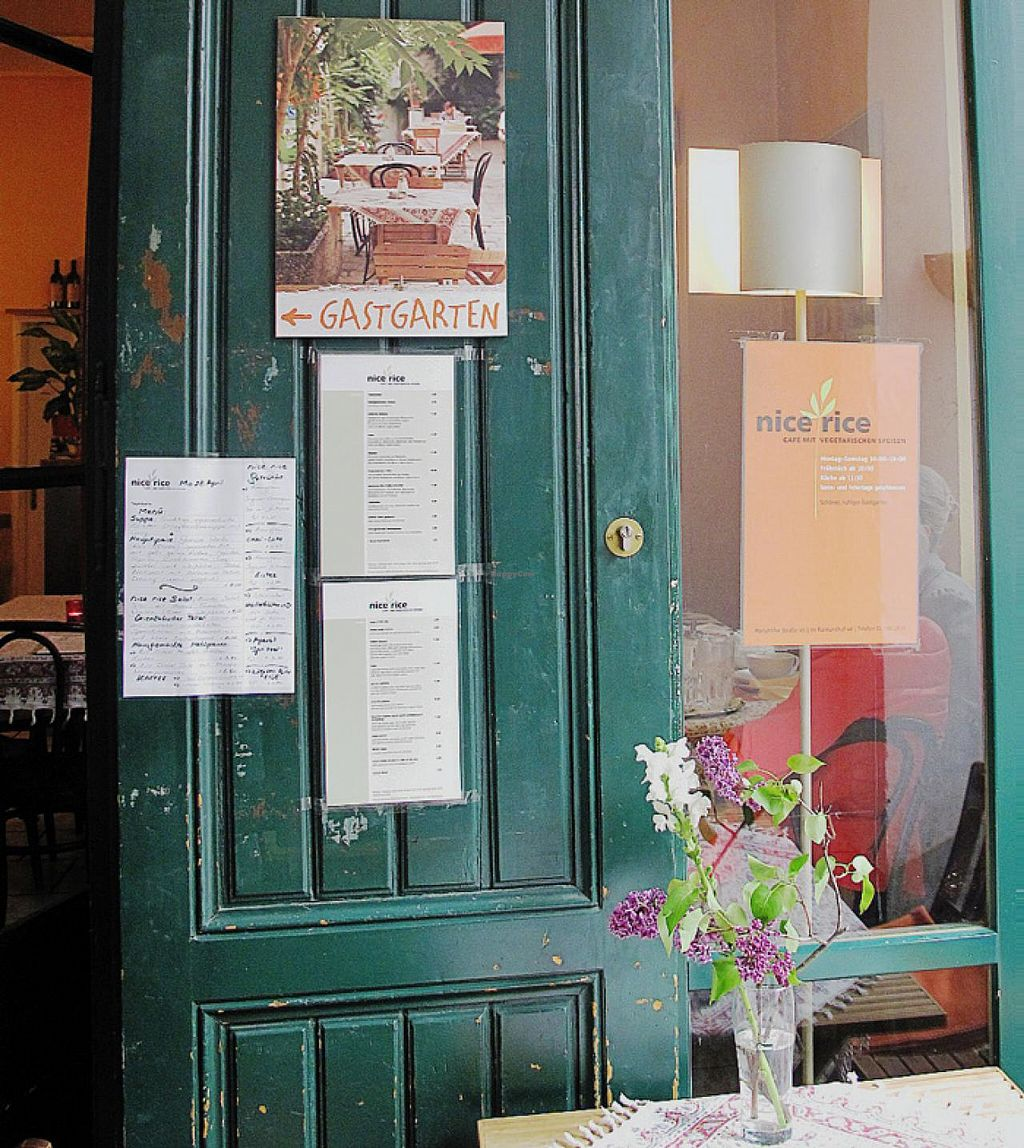 """Photo of CLOSED: Nice Rice  by <a href=""""/members/profile/lallilaranja"""">lallilaranja</a> <br/>at Nice Rice's front door <br/> May 9, 2014  - <a href='/contact/abuse/image/574/69685'>Report</a>"""