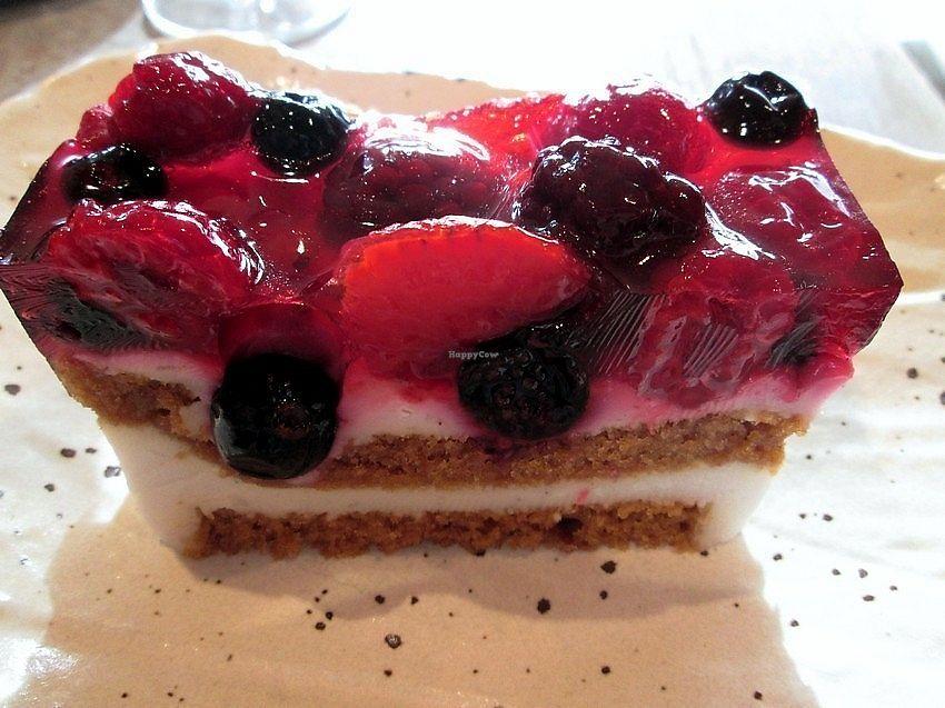"Photo of CLOSED: De Graankorrel  by <a href=""/members/profile/TrudiBruges"">TrudiBruges</a> <br/>vegan dessert (2013) <br/> November 29, 2017  - <a href='/contact/abuse/image/604/330407'>Report</a>"