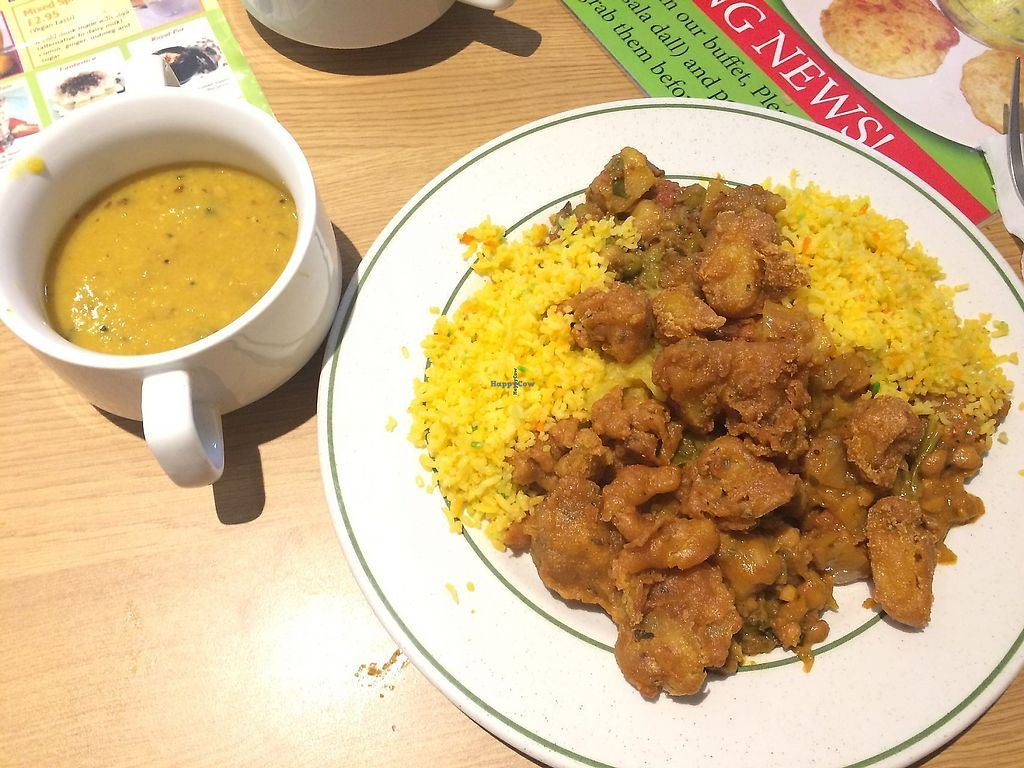 """Photo of Indian Veg Bhelpoori House  by <a href=""""/members/profile/tendaystogo"""">tendaystogo</a> <br/>Daal and buffet food <br/> September 27, 2017  - <a href='/contact/abuse/image/699/323637'>Report</a>"""