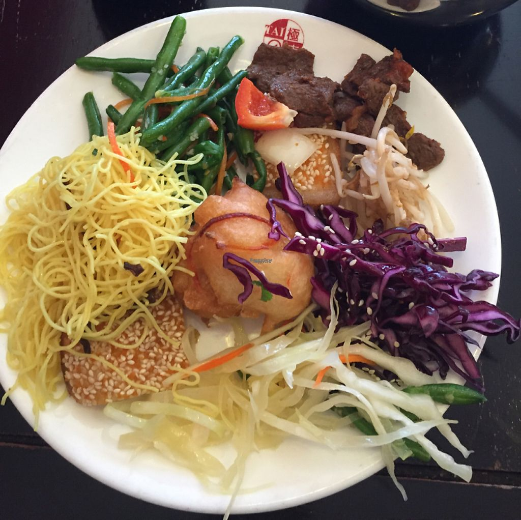 "Photo of Dou Dou - Qing Buffet  by <a href=""/members/profile/Kimxula"">Kimxula</a> <br/>salads <br/> December 8, 2016  - <a href='/contact/abuse/image/701/198209'>Report</a>"