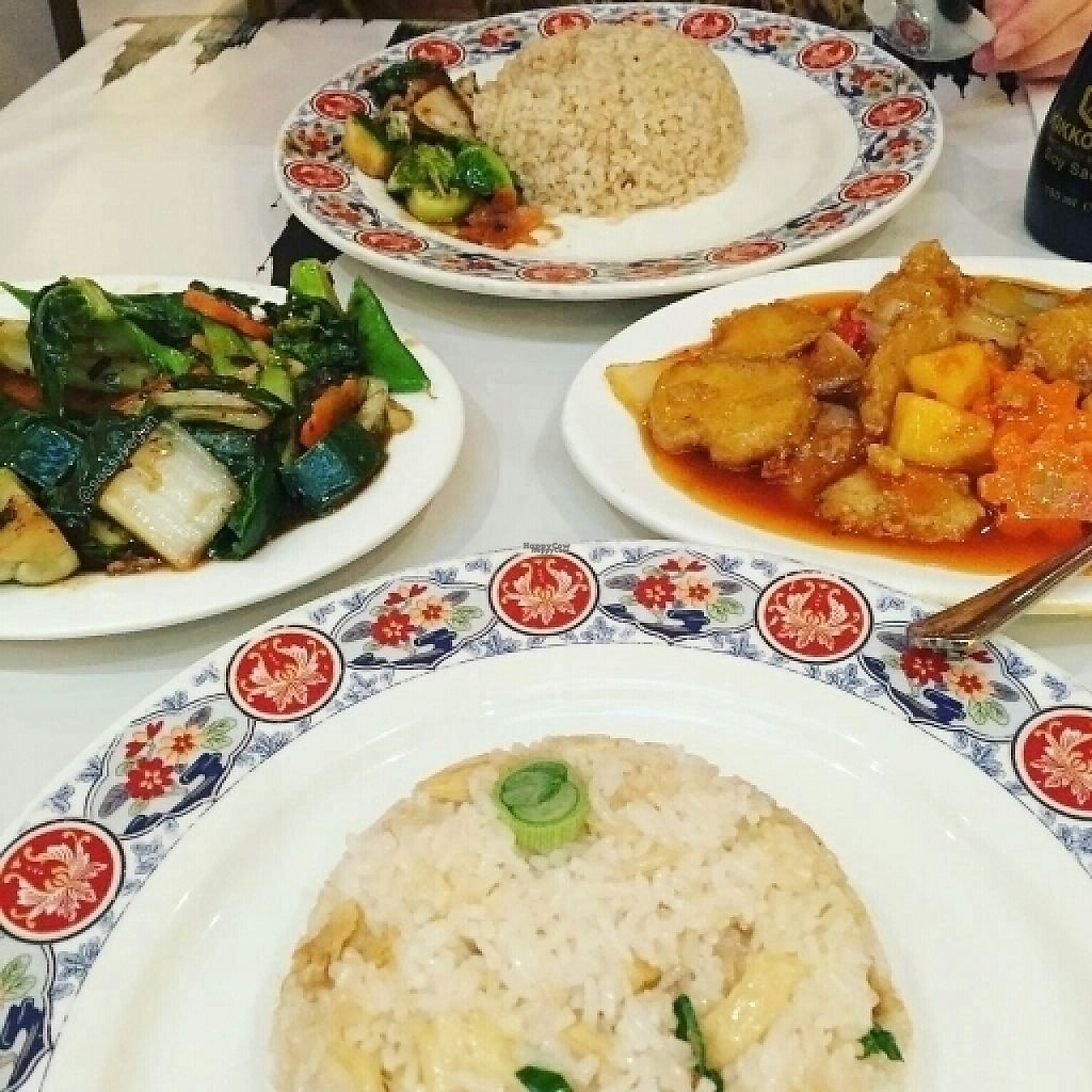 """Photo of Loving Hut  by <a href=""""/members/profile/Sassyvegan"""">Sassyvegan</a> <br/>Best Chinese food in London <br/> April 18, 2017  - <a href='/contact/abuse/image/703/249649'>Report</a>"""