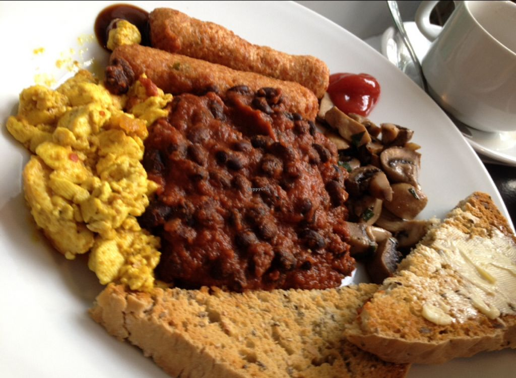 "Photo of Roots and Fruits  by <a href=""/members/profile/hack_man"">hack_man</a> <br/>vegan breakfast oh yeah  <br/> August 8, 2015  - <a href='/contact/abuse/image/777/112696'>Report</a>"