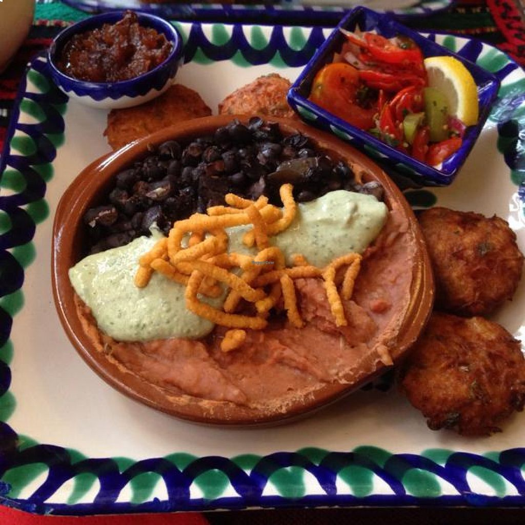 """Photo of El Piano  by <a href=""""/members/profile/pdw96"""">pdw96</a> <br/>Mexi Trio: Cuban and refried beans over rice with Peruvian green salsa <br/> August 19, 2015  - <a href='/contact/abuse/image/780/114344'>Report</a>"""