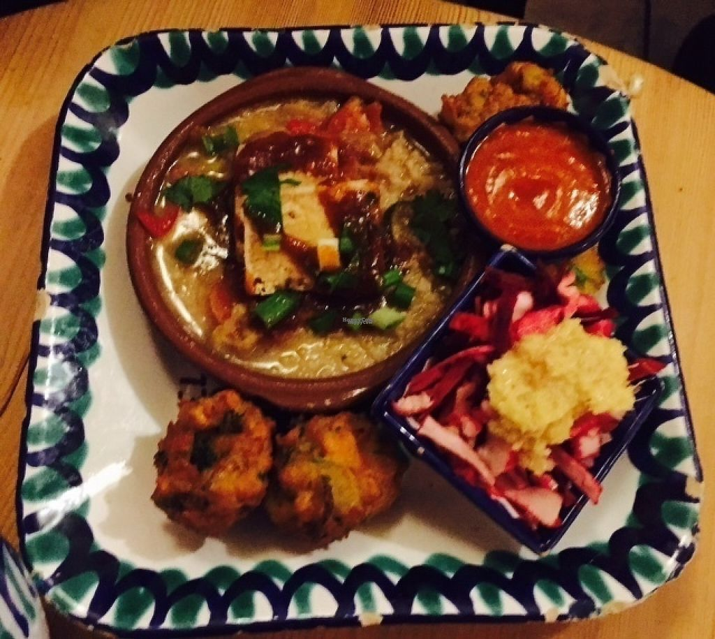 """Photo of El Piano  by <a href=""""/members/profile/ChristianVegan"""">ChristianVegan</a> <br/>Thai curry, falafel and pink salad <br/> December 5, 2016  - <a href='/contact/abuse/image/780/197666'>Report</a>"""