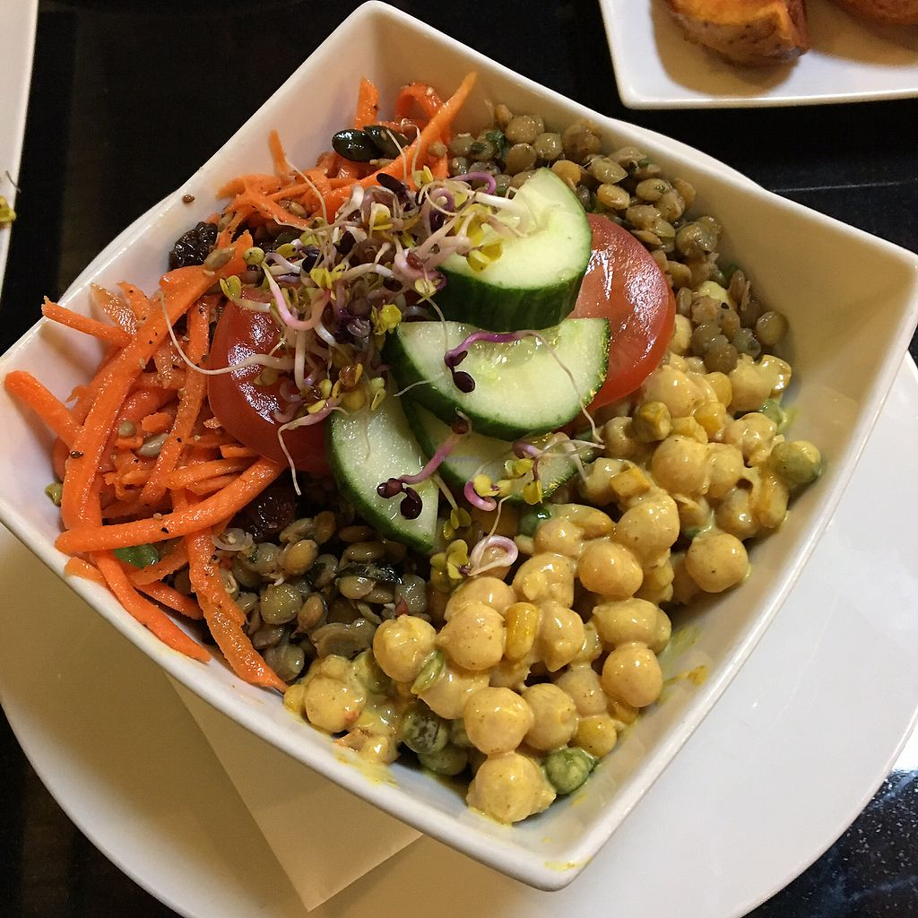 """Photo of The Whale Tail Cafe  by <a href=""""/members/profile/manchestervegan"""">manchestervegan</a> <br/>Salad <br/> July 27, 2017  - <a href='/contact/abuse/image/791/285455'>Report</a>"""