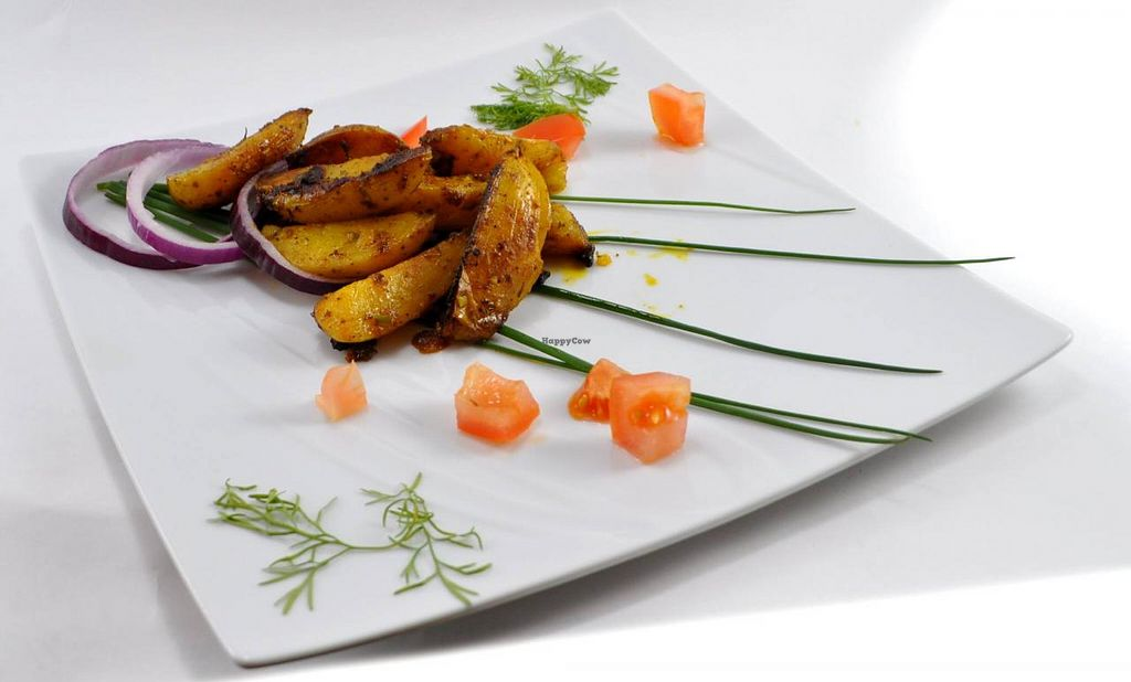 "Photo of Manger Autrement  by <a href=""/members/profile/JonJon"">JonJon</a> <br/>Potatoes with paprika - Indian recipe <br/> May 22, 2015  - <a href='/contact/abuse/image/883/103064'>Report</a>"
