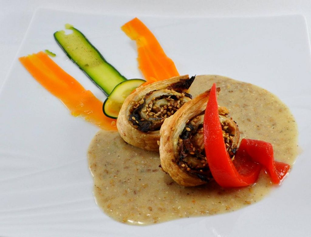 "Photo of Manger Autrement  by <a href=""/members/profile/JonJon"">JonJon</a> <br/>Rolled leeks with sesame sauce <br/> May 22, 2015  - <a href='/contact/abuse/image/883/103066'>Report</a>"