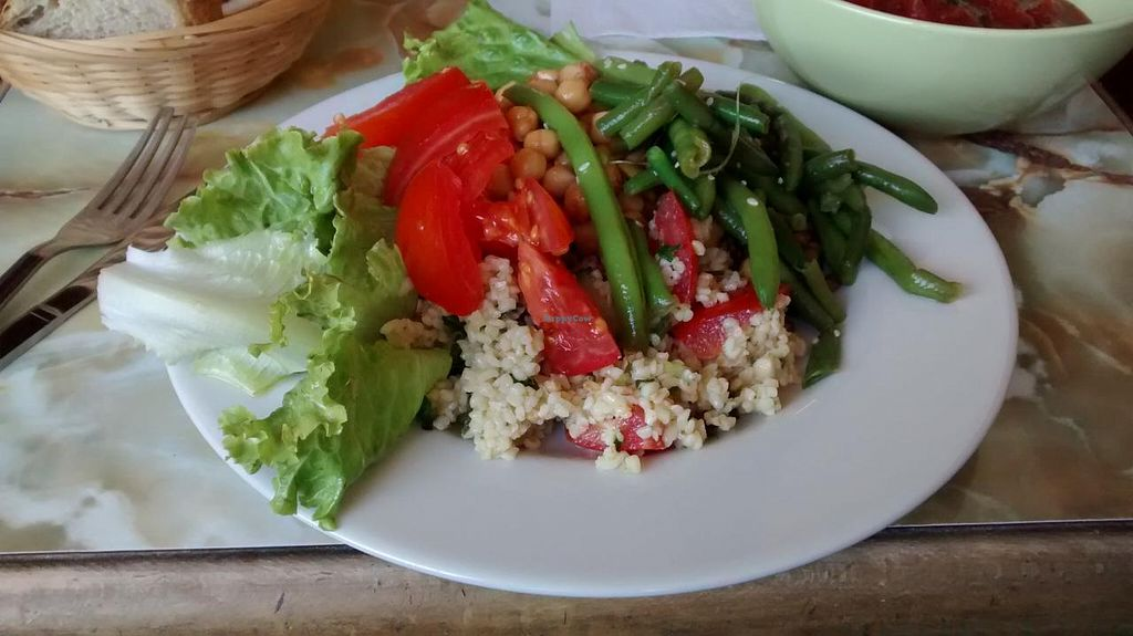 """Photo of CLOSED: La Faim des Haricots - Blagnac  by <a href=""""/members/profile/JonJon"""">JonJon</a> <br/>Vegan items of the buffet: vegetables (corn, tomatoes, green salad), lentils, Catalan chickpeas, homemade tabouli, green beans with soy sauce and sesame <br/> September 11, 2014  - <a href='/contact/abuse/image/884/79592'>Report</a>"""
