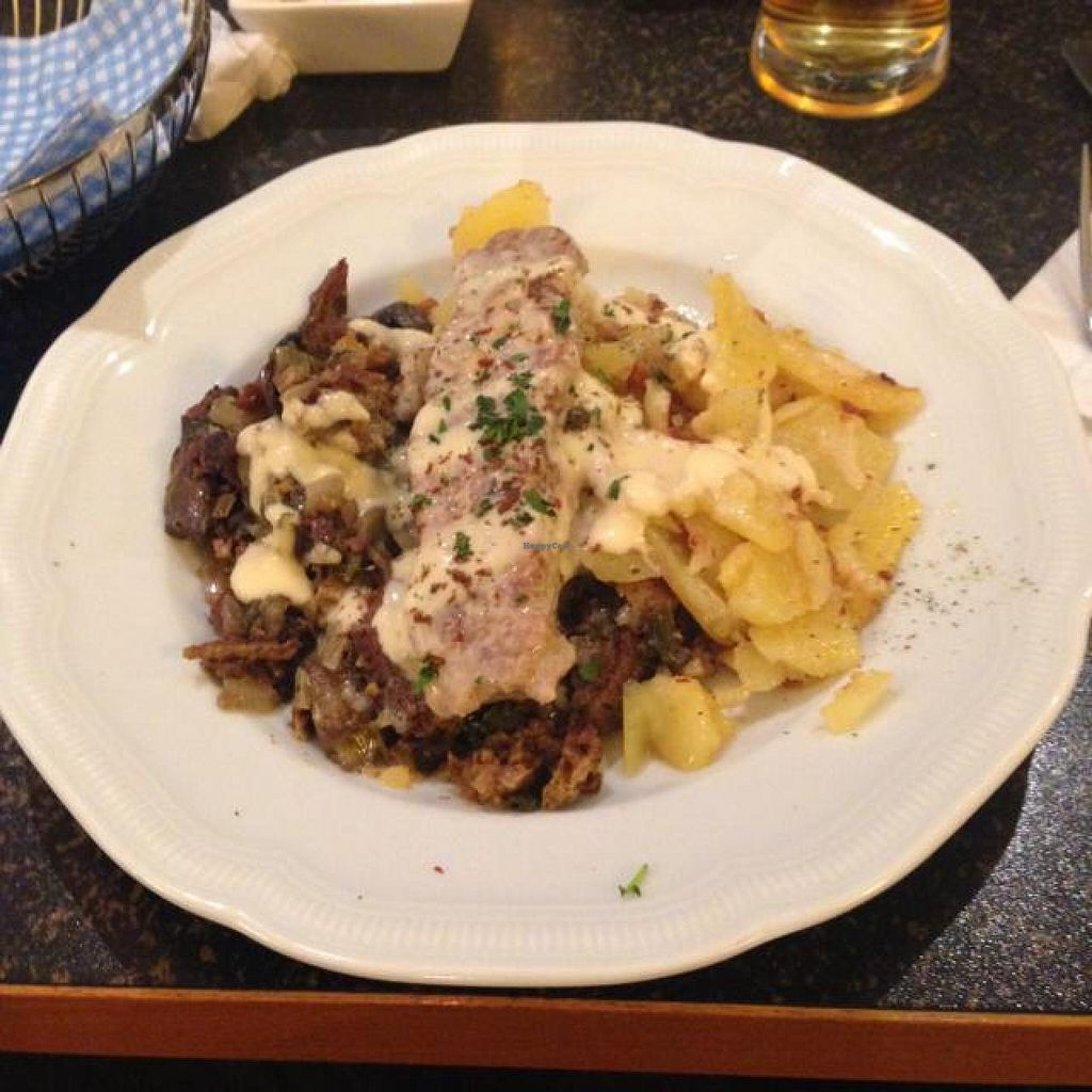 """Photo of Hiller  by <a href=""""/members/profile/AndyT"""">AndyT</a> <br/>Main dish: potatoes, mushrooms, pepper steak <br/> April 15, 2014  - <a href='/contact/abuse/image/926/67650'>Report</a>"""