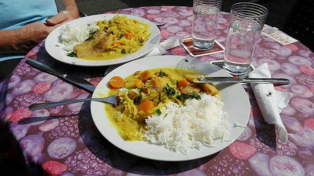 "Photo of Cafe Bistro Mundial  by <a href=""/members/profile/jaja%21"">jaja!</a> <br/>Weißkohlcurry mit Basmatireis <br/> August 26, 2017  - <a href='/contact/abuse/image/942/297323'>Report</a>"
