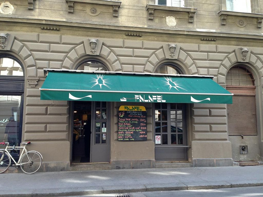 "Photo of CLOSED: Falafel  by <a href=""/members/profile/Pamina"">Pamina</a> <br/>Falafel, Budapest <br/> April 19, 2015  - <a href='/contact/abuse/image/950/99517'>Report</a>"