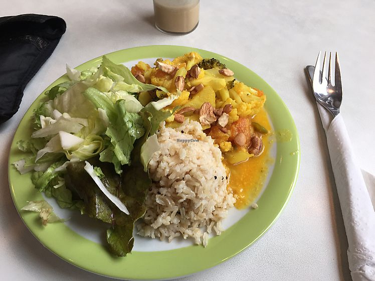 """Photo of Kaffihusid Gardurinn - Ecstasy's Heart-Garden  by <a href=""""/members/profile/Lampky"""">Lampky</a> <br/>vegetable curry so good  <br/> September 19, 2017  - <a href='/contact/abuse/image/954/306032'>Report</a>"""