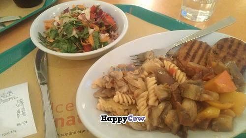 """Photo of Centro Natura  by <a href=""""/members/profile/eric"""">eric</a> <br/>3 options plus salad 18.30 euro <br/> September 6, 2013  - <a href='/contact/abuse/image/986/54529'>Report</a>"""