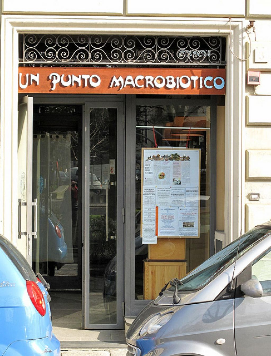 "Photo of Un Punto Macrobiotico  by <a href=""/members/profile/lallilaranja"">lallilaranja</a> <br/>the restaurant at Piazza Tasso <br/> February 23, 2014  - <a href='/contact/abuse/image/995/64743'>Report</a>"