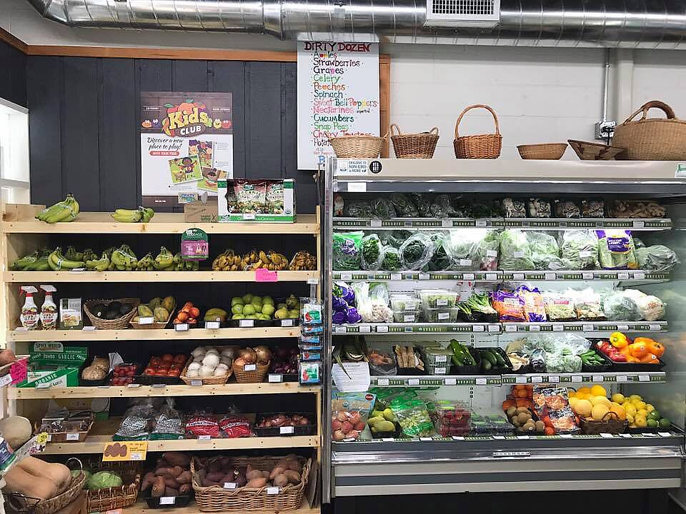 """Photo of Healthy Way Market  by <a href=""""/members/profile/kcwrong"""">kcwrong</a> <br/>Produce <br/> September 2, 2017  - <a href='/contact/abuse/image/100009/299899'>Report</a>"""