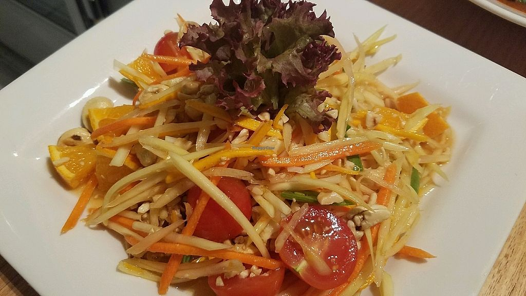 """Photo of Loving Hut  by <a href=""""/members/profile/eric"""">eric</a> <br/>papaya salad <br/> November 10, 2017  - <a href='/contact/abuse/image/100035/323843'>Report</a>"""