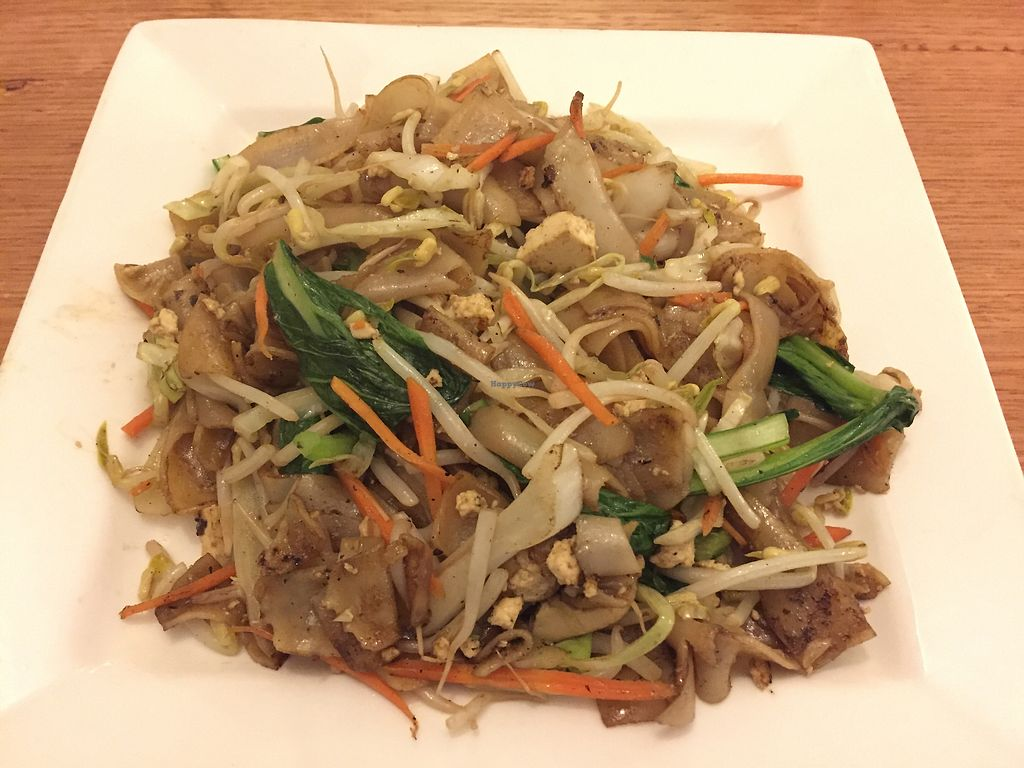 """Photo of Loving Hut  by <a href=""""/members/profile/Wuji_Luiji"""">Wuji_Luiji</a> <br/>Malaysian Char Kway Teow <br/> April 20, 2018  - <a href='/contact/abuse/image/100035/388366'>Report</a>"""