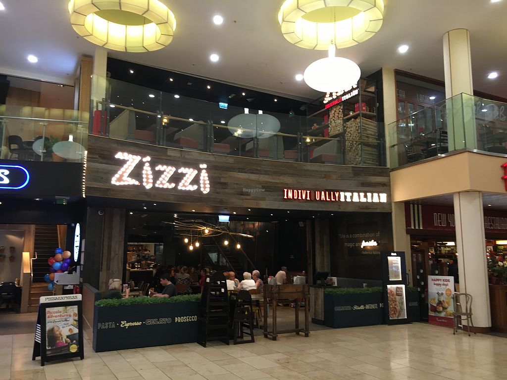 "Photo of Zizzi  by <a href=""/members/profile/hack_man"">hack_man</a> <br/>Outside  <br/> September 2, 2017  - <a href='/contact/abuse/image/100086/300069'>Report</a>"