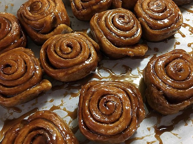 """Photo of White Rose Coffee  by <a href=""""/members/profile/mnccrvjl"""">mnccrvjl</a> <br/>ooey gooey cinnamon rolls! <br/> October 6, 2017  - <a href='/contact/abuse/image/100103/312446'>Report</a>"""