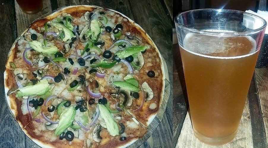 "Photo of Baja Bonita Cerveceria Artesanal   by <a href=""/members/profile/YanethGris"">YanethGris</a> <br/>Vegan pizza and Baja Razz <br/> September 2, 2017  - <a href='/contact/abuse/image/100155/300224'>Report</a>"