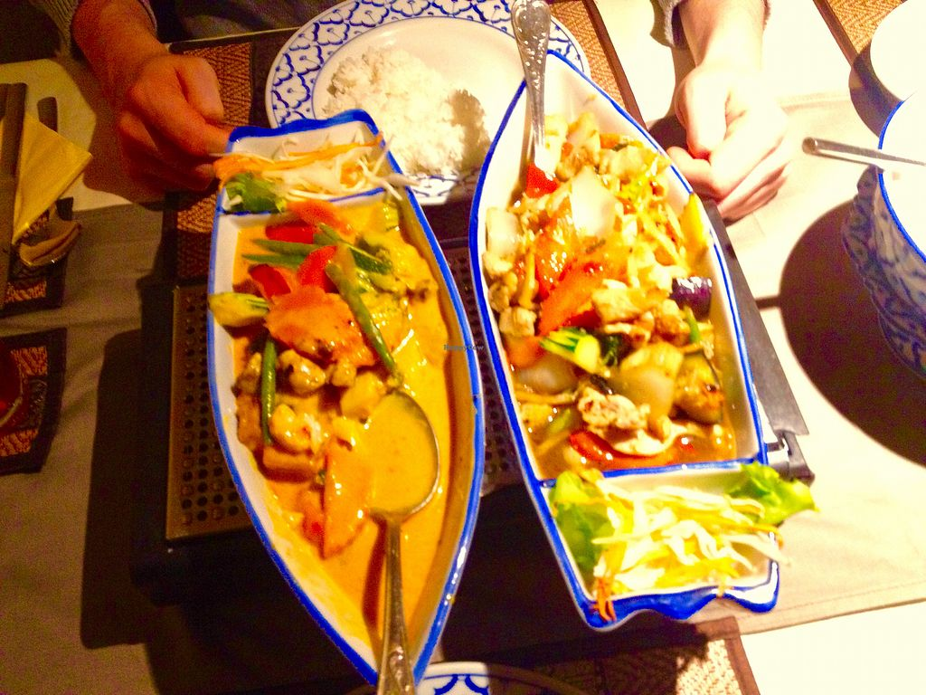 """Photo of Bangkok  by <a href=""""/members/profile/blackZora"""">blackZora</a> <br/>Thailändisches Curry mit Tofu <br/> February 10, 2018  - <a href='/contact/abuse/image/100211/357511'>Report</a>"""