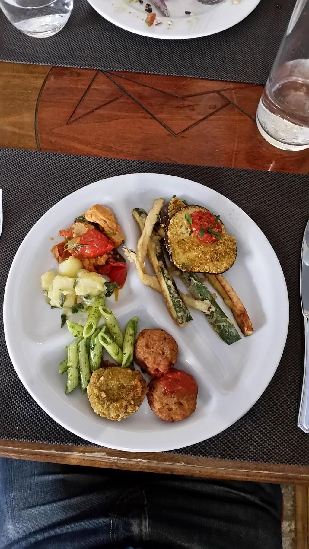 """Photo of Il Margutta Veggy Food and Art  by <a href=""""/members/profile/veganlondon"""">veganlondon</a> <br/>Meal at Il Margutta <br/> June 25, 2015  - <a href='/contact/abuse/image/1002/107219'>Report</a>"""