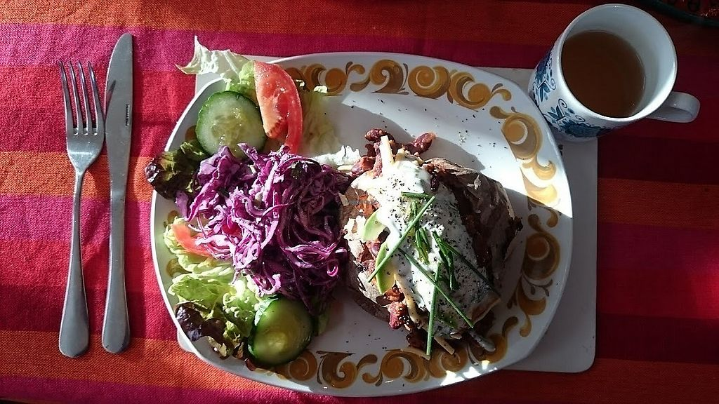 """Photo of Vegan Revelation Cafe  by <a href=""""/members/profile/Glitter-pixie"""">Glitter-pixie</a> <br/>Fantastic spicy chilli-non-carnie and home-made sour cream and chive dressing, home-made coleslaw and salad! <br/> February 10, 2018  - <a href='/contact/abuse/image/100317/357446'>Report</a>"""