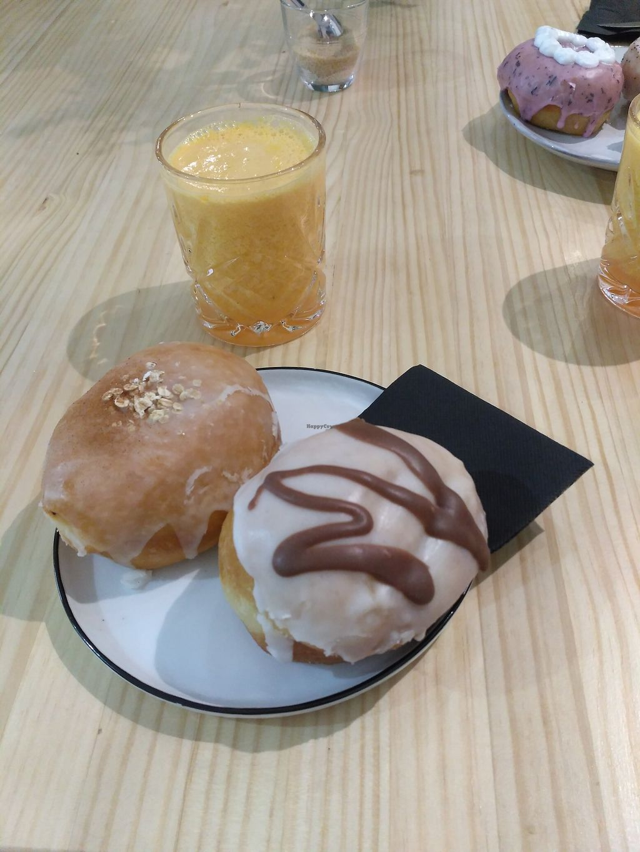"Photo of Delish Vegan Doughnuts  by <a href=""/members/profile/Abigarrada"">Abigarrada</a> <br/>Apple pie doughnut, chocolate-filled doughnut and orange juice <br/> February 13, 2018  - <a href='/contact/abuse/image/100403/358626'>Report</a>"