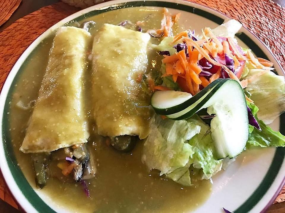 "Photo of Los Magueyes   by <a href=""/members/profile/YanethGris"">YanethGris</a> <br/>Vegan option: Enchiladas del Huerto filled with mushrooms, carrot, cabbage, pepper slices and corn, covered with red or green sauce, accompanied with salad. ¡Delicious! 