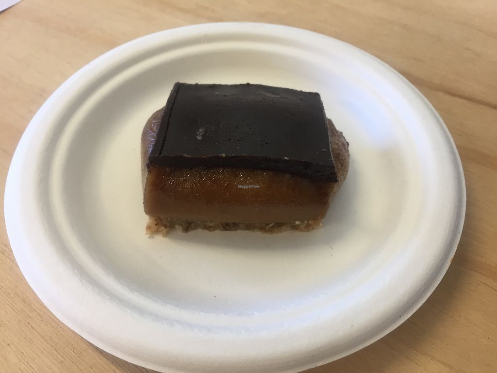 "Photo of Curly Kale  by <a href=""/members/profile/TattooedByronVegan"">TattooedByronVegan</a> <br/>THE most delicious caramel slice ... vegan, of course <br/> November 14, 2017  - <a href='/contact/abuse/image/100512/325474'>Report</a>"