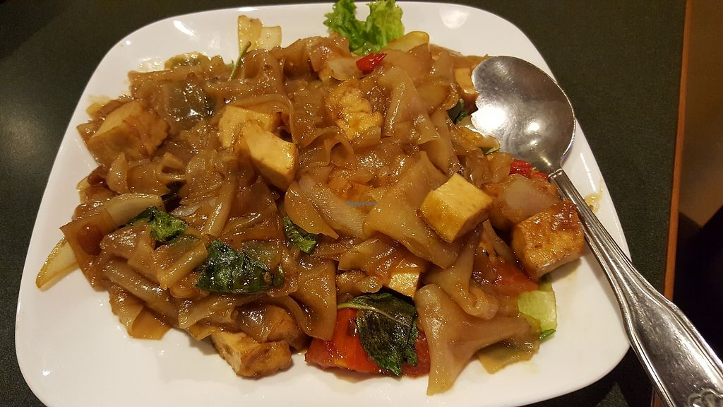 "Photo of CLOSED: Thai Basil  by <a href=""/members/profile/kayvi"">kayvi</a> <br/>Pad Kee Mow - aka Drunken Noodle, made with thick rice noodle pan fried with tofu, tomato, Thai basil, spicy chopped fresh chilies, and soy sauce <br/> October 9, 2017  - <a href='/contact/abuse/image/100577/313408'>Report</a>"