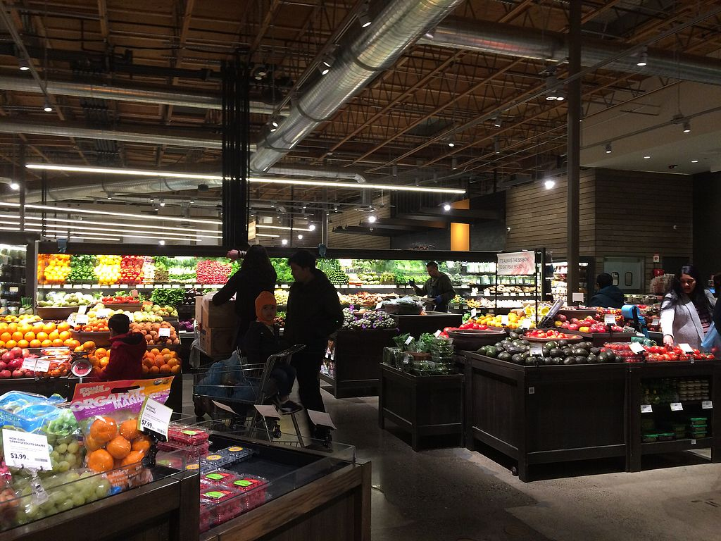 """Photo of PCC Natural Markets  by <a href=""""/members/profile/Arti"""">Arti</a> <br/>Huge veggies selection - most organic <br/> December 22, 2017  - <a href='/contact/abuse/image/100615/337951'>Report</a>"""