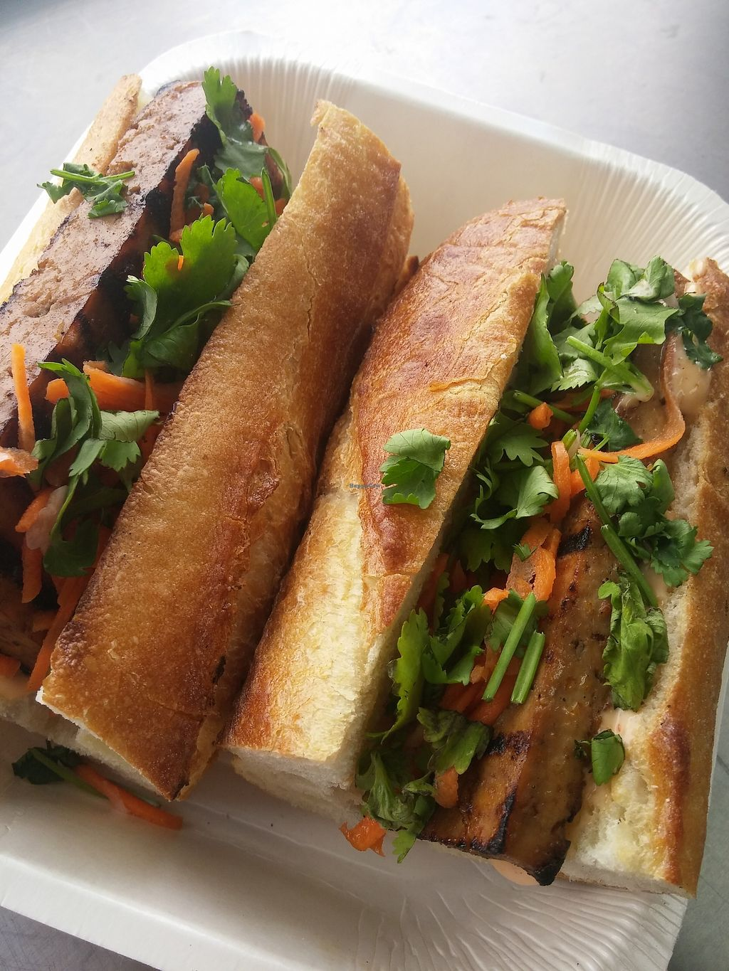 "Photo of L'Assiette Verte - Food Truck  by <a href=""/members/profile/Mary8"">Mary8</a> <br/>Le Bahn Mi.   Sous-marin vietnamien au tofu, legumes et avec mayo epicee.   <br/> September 18, 2017  - <a href='/contact/abuse/image/100763/305756'>Report</a>"