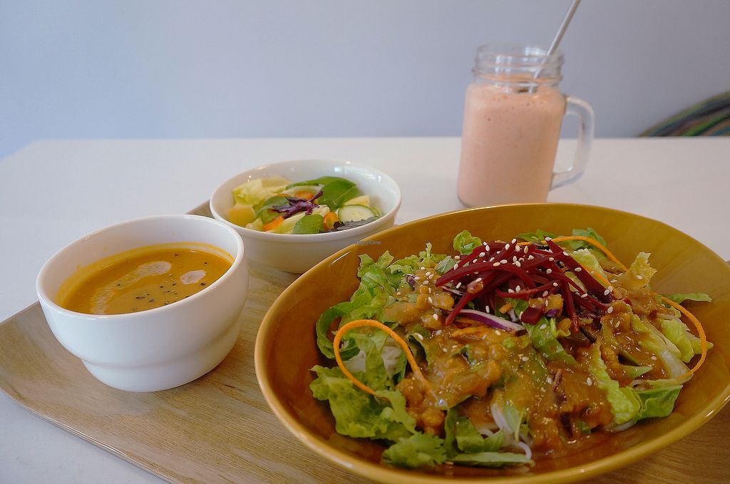 """Photo of Yummy Vegan Home - Ya Mi Rizi  by <a href=""""/members/profile/belingjiang"""">belingjiang</a> <br/>Cold noodles in Thai style combo with soup and salad <br/> October 3, 2017  - <a href='/contact/abuse/image/100897/311359'>Report</a>"""