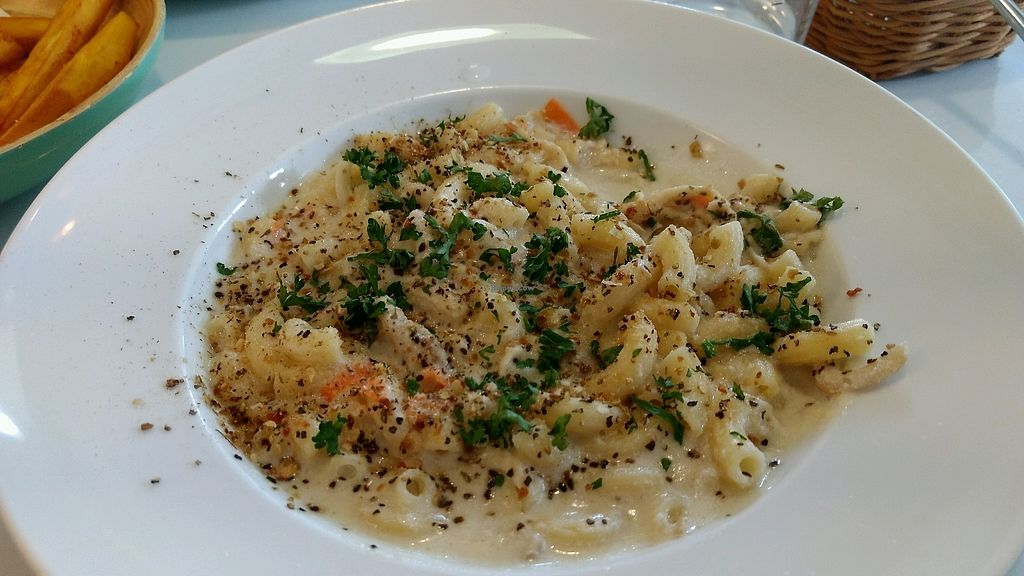 "Photo of Yummy Vegan Home - Ya Mi Rizi  by <a href=""/members/profile/darkrabbit"">darkrabbit</a> <br/>white sauce macaroni <br/> October 28, 2017  - <a href='/contact/abuse/image/100897/319436'>Report</a>"
