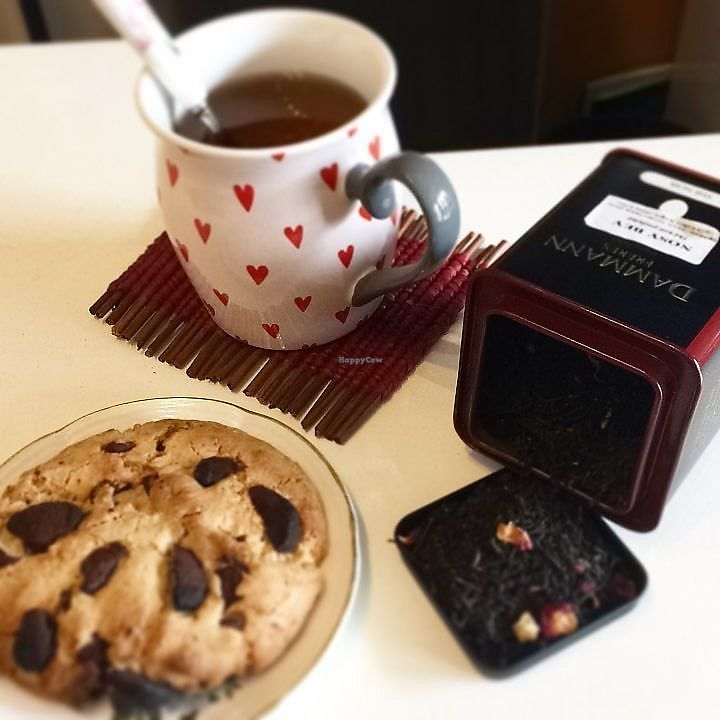 """Photo of La Palette Vintage  by <a href=""""/members/profile/CamilleMcCallister"""">CamilleMcCallister</a> <br/>vegan cookies at tea time ;) <br/> September 19, 2017  - <a href='/contact/abuse/image/100916/305971'>Report</a>"""