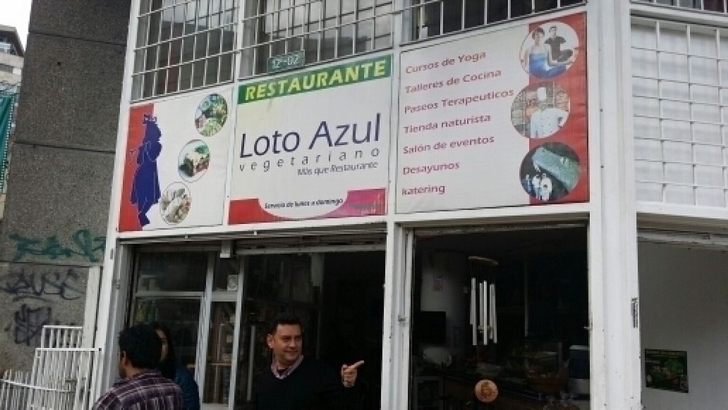 """Photo of Loto Azul Vegetariano  by <a href=""""/members/profile/MorleyM"""">MorleyM</a> <br/>front of shop <br/> August 4, 2016  - <a href='/contact/abuse/image/10092/165481'>Report</a>"""