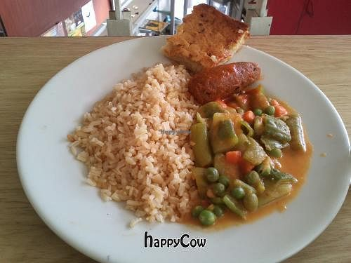 """Photo of Loto Azul Vegetariano  by <a href=""""/members/profile/Fibonacci"""">Fibonacci</a> <br/>Mock sausage made of peas, zucchini salad, brown rice, and pineapple cake <br/> August 22, 2012  - <a href='/contact/abuse/image/10092/36635'>Report</a>"""