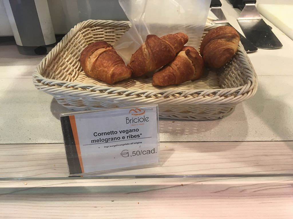 """Photo of Briciole Bar - Airport  by <a href=""""/members/profile/EliseBoccanfuso"""">EliseBoccanfuso</a> <br/>Pomegranate & currant vegan croissants  <br/> September 13, 2017  - <a href='/contact/abuse/image/100941/304078'>Report</a>"""