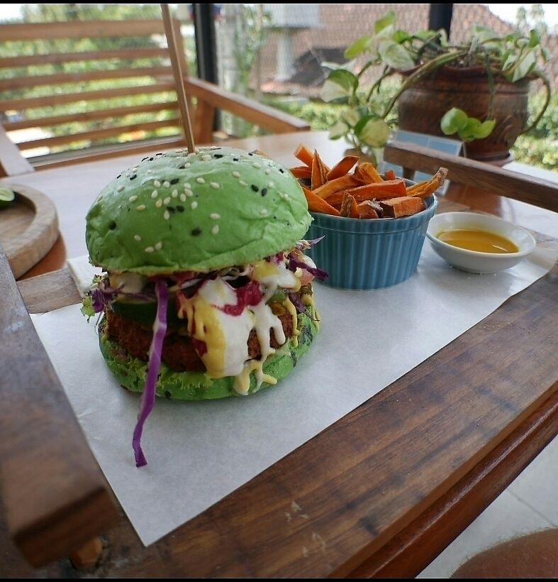 "Photo of Living Kitchen Bali  by <a href=""/members/profile/Oph%C3%A9lieMassilia"">OphélieMassilia</a> <br/>spirulina burger with lentil pattie <br/> January 31, 2018  - <a href='/contact/abuse/image/100972/353014'>Report</a>"